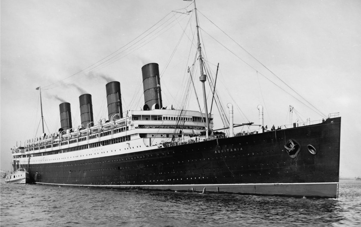 The photo shows the ship RMS Aquitania, upon which Lizzy Ratner's grandfather escaped from the Holocaust in Poland
